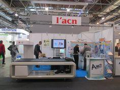 MEDICA - Messe Düsseldorf. L'ACN. Ricerca, analisi, promozione e comunicazione. Progettazione e realizzazione dell'allestimento dello stand. Photo by honegger