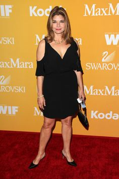 Pictures of Laura San Giacomo - Pictures Of Celebrities Laura San Giacomo, Celebrity Pictures, American Actress, Pretty Woman, Movie Stars, Actors & Actresses, Peplum Dress, Cold Shoulder Dress, Beautiful Women