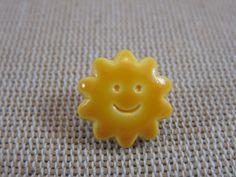 4pcs, Boutons soleil, soleil sourire, boutons 14mm, soleil jaune, boutons à anneaux, boutons UnionKnopf, boutons enfants, boutons layette de la boutique ArtKen6L sur Etsy