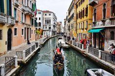 June 05 2017 at 11:23AM Venice city of canals city of boats  city of friendly people  Wish you a great Monday ahead  ------ ونیز شهر کانالها شهر قایقها  و شهر مردم مهربان  براتون آرزوی یک دوشنبهی خوب دارم  ------ Shot with #nikond5300 and edited in #snapseed ------ #nikon #nikoneurope #venice #venezia #venice #venezia #blackandwhite #ig_europe #grandcanal #veniceitaly #canalgrande #pontedeisospiri #veneziadavivere #veneziagram #veneziacityofficial #igersvenice #ilovevenice #instavenice…