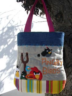 """""""Angry birds"""": Fabric bag with lining and interior pocket."""