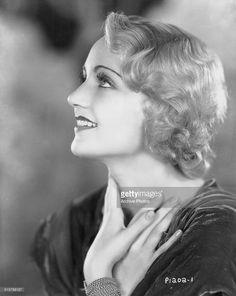 Profile headshot of actress Claire Dodd, circa 1925.
