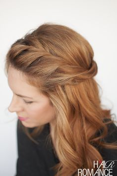 The Twist back – easy half-up hairstyle tutorial