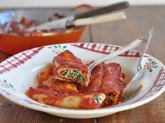 Recette des Cannelloni au Brocciu sur le http://blog.casa-corsa.fr/recipe/recette-des-cannelloni-au-brocciu/ et une autre recette sans image qui me semble aussi bien bonne sur http://corsica.eklablog.com/cannelloni-a90422646