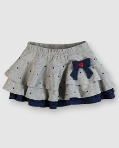 faldas para niña - Buscar con Google Little Girl Fashion, Toddler Fashion, Toddler Outfits, Kids Outfits, Kids Fashion, Little Girl Skirts, Skirts For Kids, Little Girl Dresses, Couture Bb