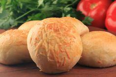 ReceitasDeliciosas: Pão de batata com recheio de queijo mussarela e pr...