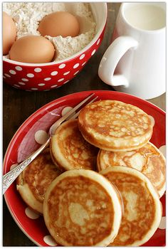 PANCAKEEEE! #food #breakfast <3<3 For guide + advice on healthy lifestyle, visit http://www.thatdiary.com/