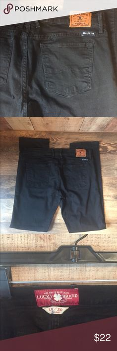 "Black LUCKY Sweet n Straight Jeans Size 10/30.  Barely worn black straight leg jeans.  9"" rise, 30"" inseam, 7"" ankle opening.  99% cotton, 1% spandex. Lucky Brand Jeans Straight Leg"