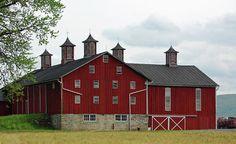Horse Barns, Old Barns, Horses, Country Barns, Country Life, Country Living, American Barn, American Gothic, Old Buildings
