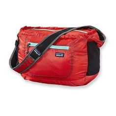 Patagonia Lightweight Travel Courier Bag 17L. Of course - in black.  Cool gym bag.