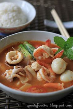 Eat your heart out: Recipe: Seafood tom yum with quail egg (Thai)