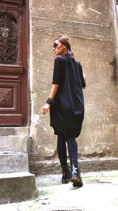 Asymmetrische einzigartiges Kleid ♥ Extrem bequem asymmetrische lose oben ♥ 3/4 Ärmel Tunika, stilvolle oben oder möglicherweise ein einzigartiges Kleid... Extravagante Kreation für diejenigen, die Schritt für Schritt experimentieren wollen! ♥ Sie lieben dieses Top, wie Sie frei,