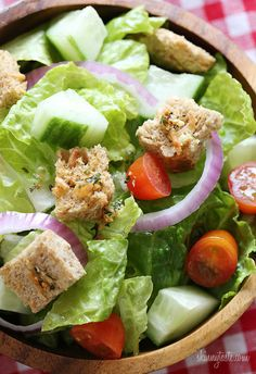 Homemade Croutons - Healthier homemade croutons made with whole grain bread, Italian seasoning and shredded parmesan cheese. EASY and PERFECT over a garden salad. #weightwatchers #side #lunch #clean