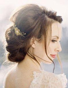 Coiffure mariée ronde  - Les plus jolies coiffures de mariée pour s'inspirer - Elle