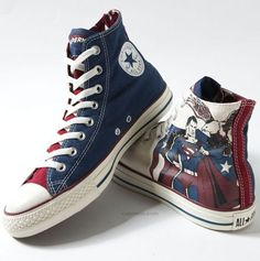 Superman Chucks