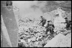kiwiveterans.co.nz: When You've Got a Job to do You Do It!  Soldiers during manoeuvres on the Cassino battlefront in Italy. Taken by George Kaye on 5 April 1944.