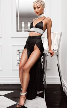 Fashion Look 2017 Fetish Fashion, Dope Fashion, Fashion 2017, Fashion Models, Fashion Looks, Womens Fashion, Beautiful Legs, Beautiful Models, Micah Gianelli
