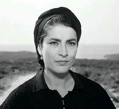 Classic Girl, Classic Beauty, Irene Papas, Zorba The Greek, Greek History, Vivien Leigh, Katharine Hepburn, Crop Circles, Alain Delon