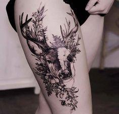 Ooh a wolf version #geometrictattoos Trendy Tattoos, Cute Tattoos, Leg Tattoos, Beautiful Tattoos, Body Art Tattoos, Tattoo Thigh, Tattos, Rosen Tattoo Arm, Hirsch Tattoo Frau
