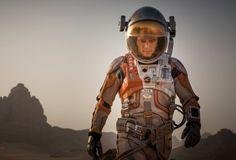 Matt Damon está perfeito no papel do astronauta deixado para trás no Planeta Vermelho Matt Damon está perfeito no papel do astronauta deixad