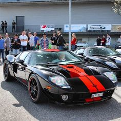 Ford GT Follow