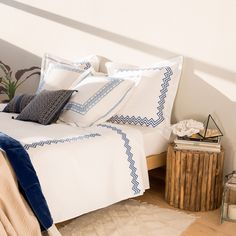 SYMMETRICAL EMBROIDERED PERCALE BED LINEN - Bed Linen - Bedroom | Zara Home Australia