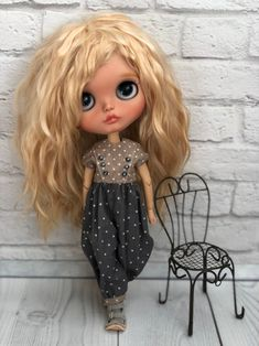 Blythe doll Lina (custom on the base TBL) Ooak Dolls, Blythe Dolls, Cute Baby Dolls, Doll Repaint, Manga Girl, Anime Girls, Cute Anime Couples, Doll Crafts, Doll Clothes Patterns