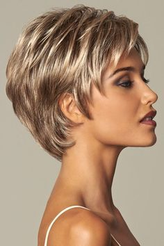 Becoming by Eva Gabor Wigs Short Hair Dos, Shaggy Short Hair, Short Human Hair Wigs, Short Hair With Layers, Short Hair Cuts For Women, Mommy Hairstyles, Short Hairstyles For Women, Curly Hair Cuts, Curly Hair Styles