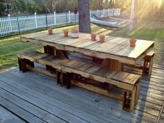 Pallet Tables Projects reclaimed pallet outdoor dining furniture - we have brought these easy-to-build yet sturdy and functional DIY pallet furniture projects for you to let you decide your furniture needs to construct with Pallet Picnic Tables, Pallet Dining Table, Pallet Patio, Outdoor Dining Furniture, Diy Pallet Furniture, Garden Furniture, Outdoor Pallet, Furniture Ideas, Pallet Chair