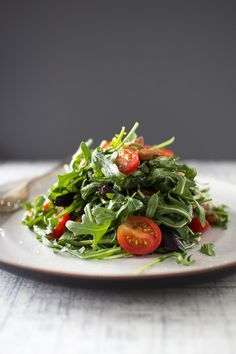 Arugula & Olive Salad with Roasted Almonds & Tomatoes | The Flourishing Foodie