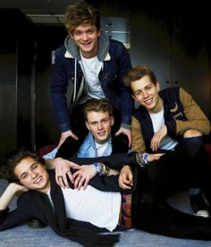 Ah, my boys The Vamps. good to see them starting to enjoy some success in the states