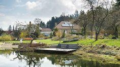 Designérka promítla své umění imimo dům, výsledkem je útulná zahrada