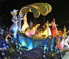 Beautiful float in Mazatlan's Carnaval parade.