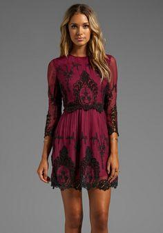 DOLCE VITA Valentina Dress in Burgundy/Black - Dolce Vita