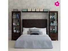 Decoración dormitorio pequeño, yo le cambiaría, el closet en ambos lados de la cama