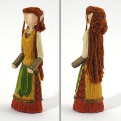 About 15 years ago, Angela of Angela Michelle Dolls made a simple toothpick worry doll and decided to see what else she could come up. Tiny Dolls, Ooak Dolls, Art Dolls, Dollhouse Dolls, Miniature Dolls, Toothpick Crafts, Worry Dolls, Homemade Dolls, How To Make Toys