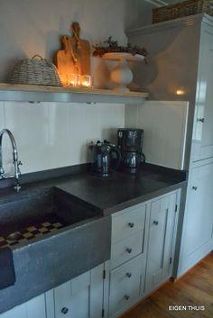24 super ideas for house vintage design dream kitchens - Dutch Kitchen, Kitchen Inspirations, Kitchen Style, Kitchen Plans, Home Kitchens, Kitchen Design, Kitchen Remodel, Kitchen Dining Room, Rustic Kitchen