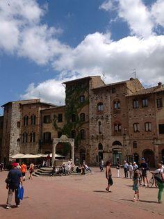San Gimignano, Toscana 02/05/2012 https://www.facebook.com/MyTourTuscanyExperts