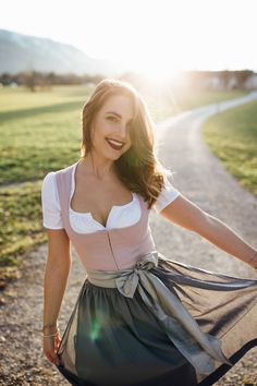 Take a look at the best dress for Oktoberfest in the photos below and get ideas for your own outfits! Anatomy of a dirndl at Oktoberfest in Munich, Germany The Dress, Pink Dress, Drindl Dress, Dirndl Outfit, Groom Outfit, My Wardrobe, Cute Dresses, Cool Outfits, Vintage Fashion