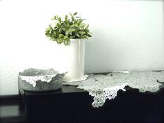 Momoish Dove Grey Wool Felted Bowl 8x 4 van momoish op Etsy, $55,00