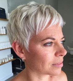 Really Short Girl Hairstyles Hairstyles - toswhip. Girls Short Haircuts, Teen Hairstyles, Modern Hairstyles, Short Girls, Long Pixie Cuts, Short Hair Cuts For Women, Girl Short Hair, Short Hair Styles, Curly Short