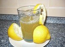Obranný nápoj proti chřipce a nachlazení Lime, Fruit, Food, Lima, Essen, Limes, Yemek, Meals