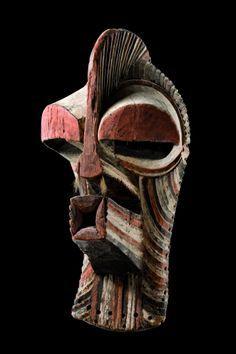 D.R.Kongo, Songye Kalebwe Kifwebe (mask) H: 48 cm H: 18.9 inch Provenance Peter Loebarth, Hameln, Germany