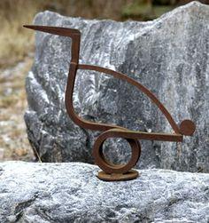 Howard Smith - 8. (HS013) Spring Bird, 2003, welded iron, h. 58 cm, w. 69 cm
