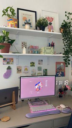 Room Design Bedroom, Room Ideas Bedroom, Bedroom Decor, Bedroom Inspo, Dorm Room Designs, Study Room Decor, Room Setup, Desk Setup, Gaming Setup