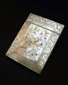 c1870 FINEST QUALITY ANTIQUE 19thC VICTORIAN CARVED MOTHER OF PEARL CARD CASE