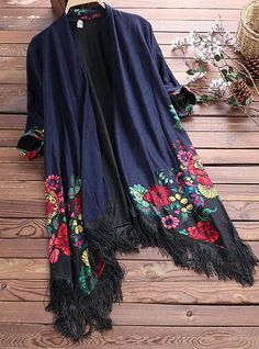 Amazing Vintage Printed Tassel Cardigan Shawl for Women on Newchic, there is always a plus size cardigan sweaters that suits you! Marianne James, Faux Fur Hooded Coat, Plus Size Cardigans, Shawl Cardigan, Over 50 Womens Fashion, Latest Fashion, Cardigan Fashion, Chic Outfits, Coats For Women