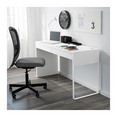 MICKE Schreibtisch IKEA An einer langen Tischplatte lässt sich gut ein Arbeitsplatz für zwei einrichten.