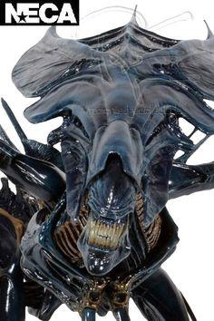 Neca Aliens Alien Queen Ultra Deluxe 30 Inch Action Figure