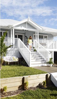 Beach house exterior ideas beach house style coastal style home ideas beach house exterior colors designing House Paint Exterior, Exterior House Colors, Exterior Design, Grey Exterior, Exterior Stairs, Wall Exterior, Cottage Exterior, White Exterior Houses, Exterior Siding